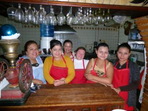 Molino Rojo staff are waiting for you !!